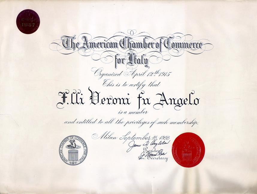 Diploma della camera di commercio americana, ricevuto nel 1956.