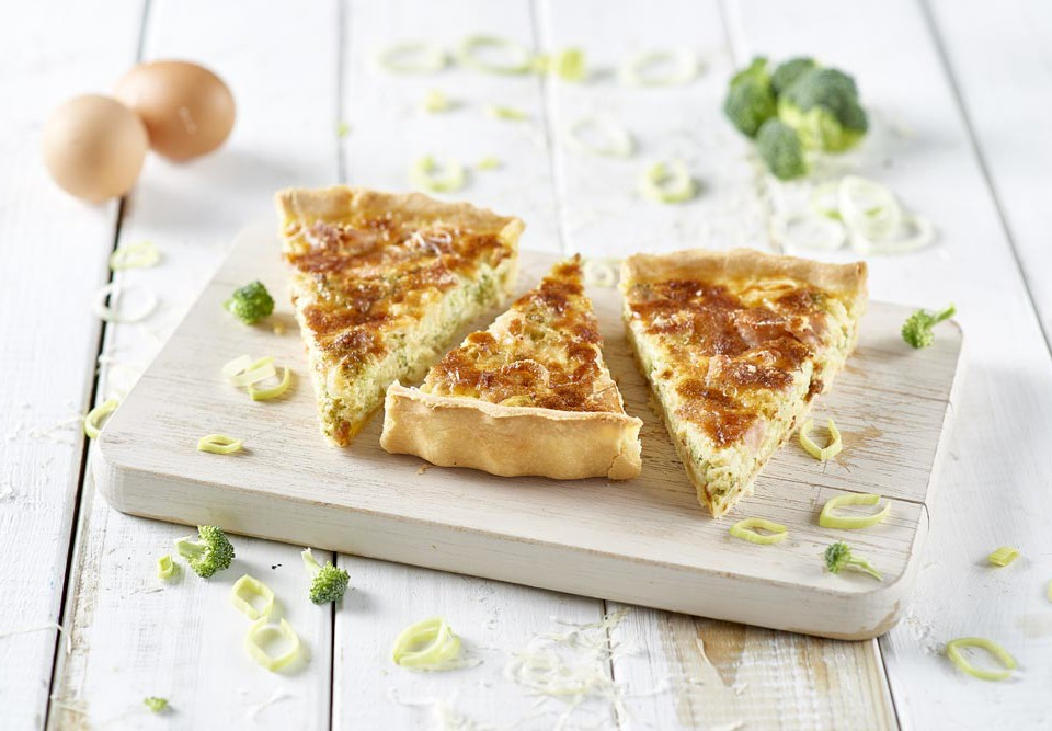 Quiche-ai-broccoli-e-mortadellaa