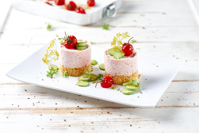 Cheese cake di mortadella, zucchine e pomodorini confit